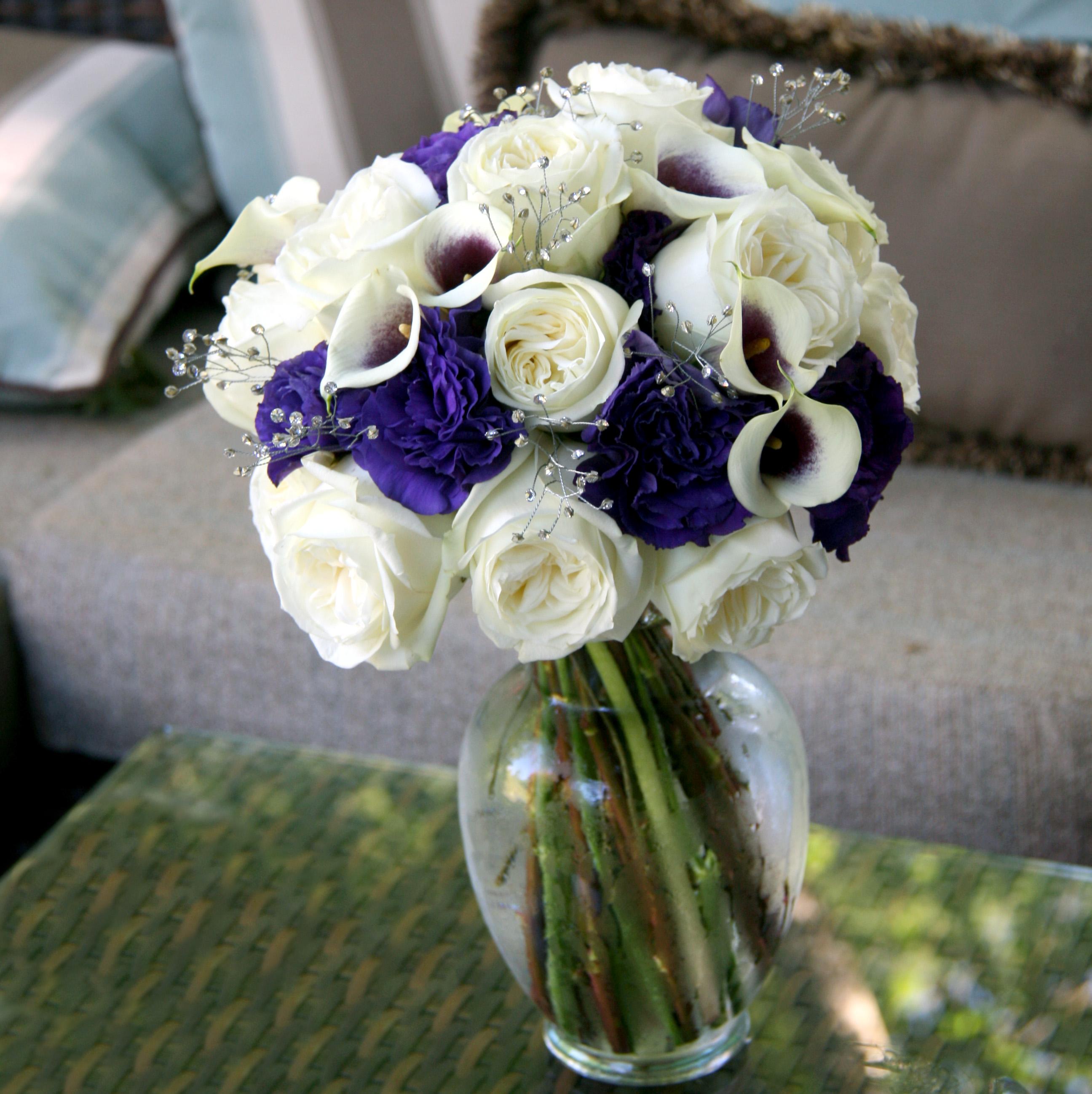 Wedding Flowers: fresh flower wedding bouquets