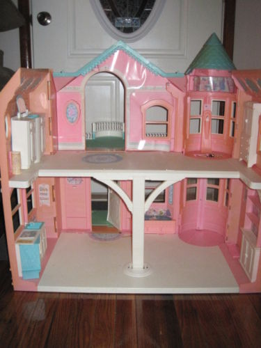Vintage Barbie Dream House Inside Has Sink That Turns