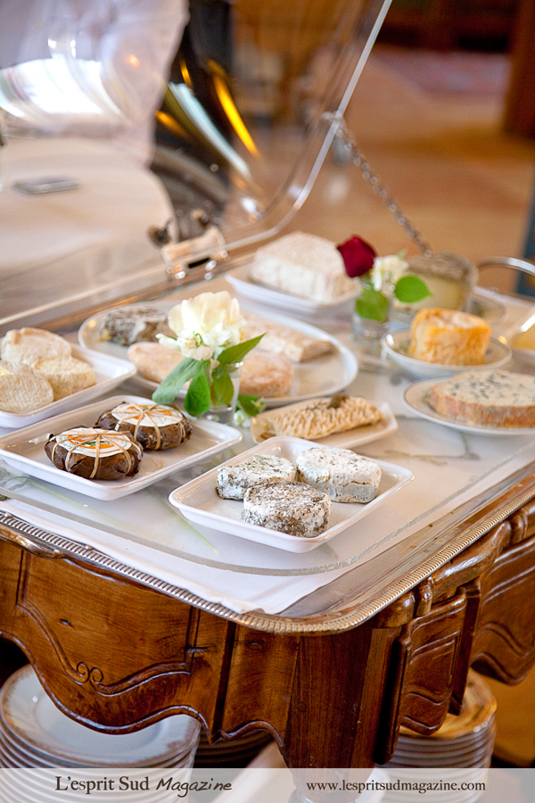 Cheese cart (Plateau de fromages)