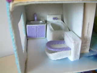 felt doll house---not completed