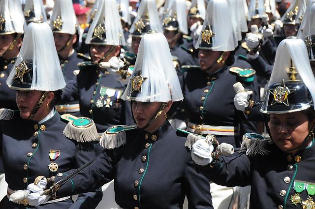 Mujeres Oficiales De La Polic  A Nacional De Colombia