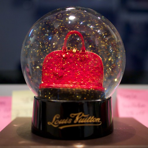 Bolas de cristal decorativas on pinterest snow globes for Bolas de cristal decorativas