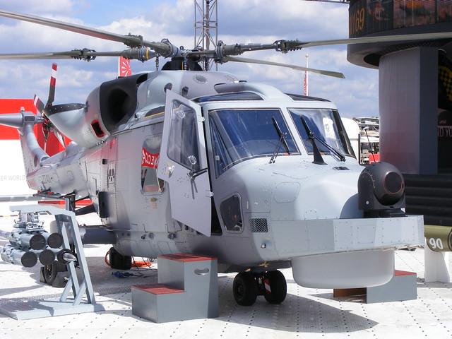 حاملات مروحيات lpd صنع ايطالي قريبا للقوات البحرية الجزائرية + صور للحاملة 4850796780_e0c68d5f70_z
