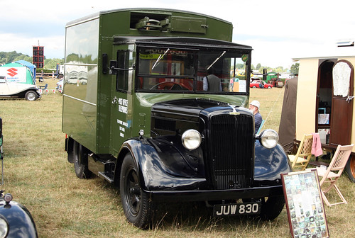 Lingfield Steam & Country Show - 1949 GPO Telephones Morris-Commercial LC3 Van (JUW 830)