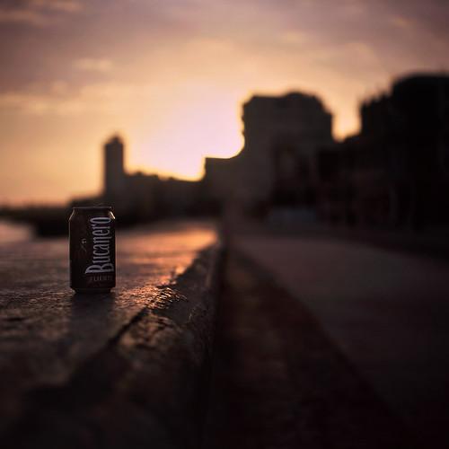 morning film beer rollei rolleiflex sunrise dawn fuji bokeh havana cuba can velvia malecon lahabana bucanero 35f autaut