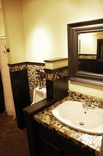 Man Cave Shower : Man cave bathroom style revealed diydiva