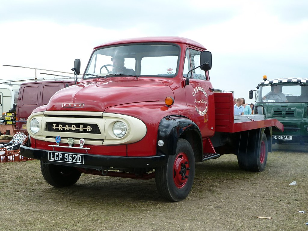 Thames Trader 1 3 Historic Commercial Vehicle Club Of Australia 1948 Ford Semi Truck Re 31 May 2015 2029 159299