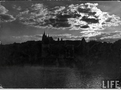 Prague, by E.O. Hoppe 1925