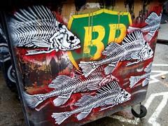 DDC_2010_BP Armée de poisson mort 03