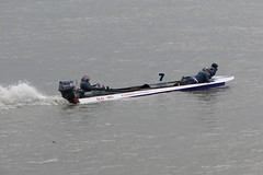 dinghy(0.0), skiff(0.0), f1 powerboat racing(0.0), watercraft rowing(0.0), inflatable boat(0.0), rigid-hulled inflatable boat(0.0), vehicle(1.0), powerboating(1.0), boating(1.0), motorboat(1.0), watercraft(1.0), boat(1.0),