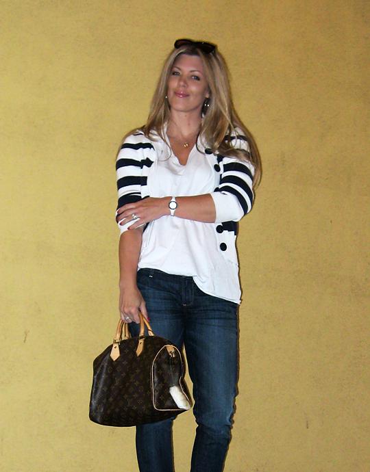jeans+lace up boots+t shirt+striped cardigan+louis vuitton bag-13