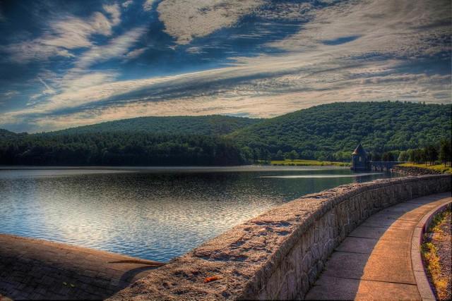 Saville dam ver 3 barkhamsted reservoir barkhamsted con flickr