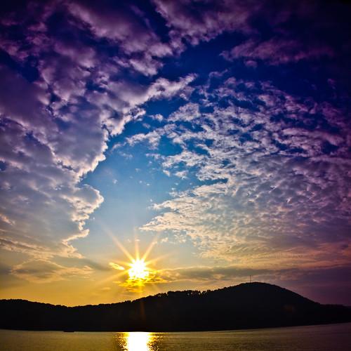 sunset sun lake clouds georgia redtopmountainstatepark redtopmountaingeorgia