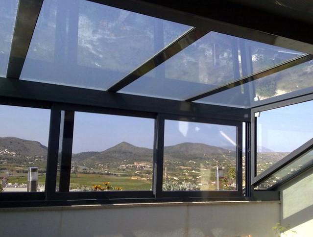 Cerramiento de terraza con aluminio cerramiento de for Casetas aluminio para terrazas