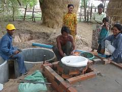 在緬甸的歐客隆新建許多公共廁所(Temple Garden Foundation提供)
