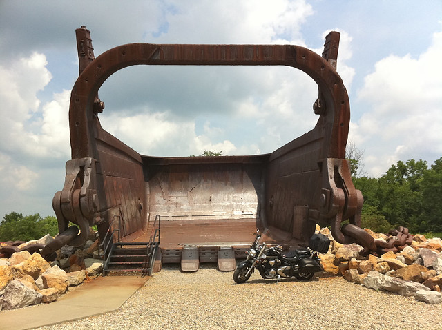 220 cubic yard dragline bucket from the big muskie