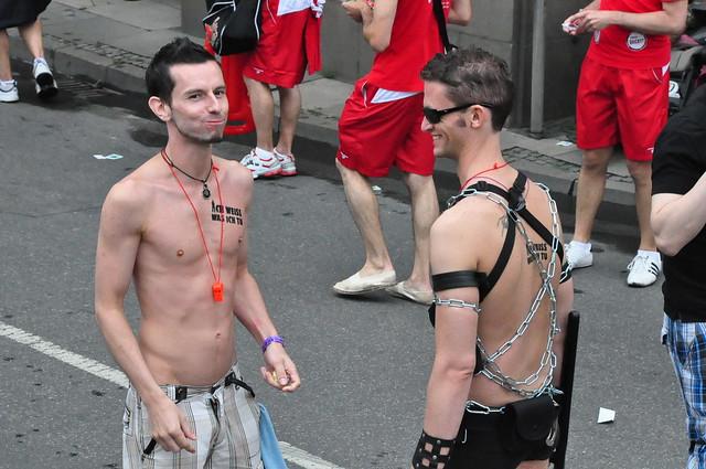 gaykino frankfurt browser sex games
