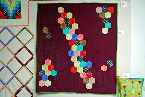 Tracy's Floating Hexagon quilt