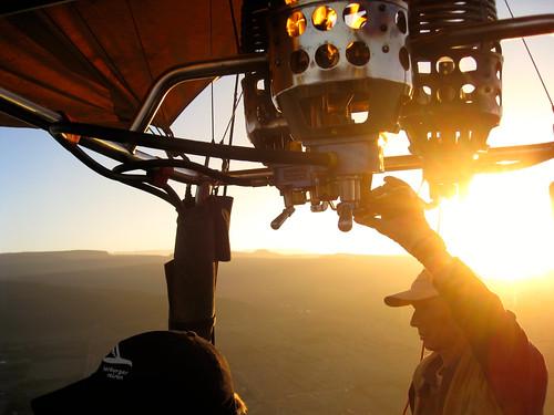 balloon flying hat sun geotagged geo:lat=04566144292225512 geo:lon=36255741119384766 sunrise günter kenya set:name=200911kenya 0tagged hotairballoon elementaita