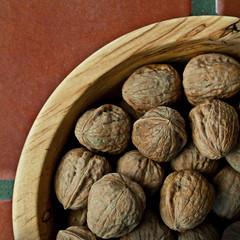 nuts & seeds(0.0), wood(1.0), produce(1.0), food(1.0), nut(1.0), walnut(1.0),