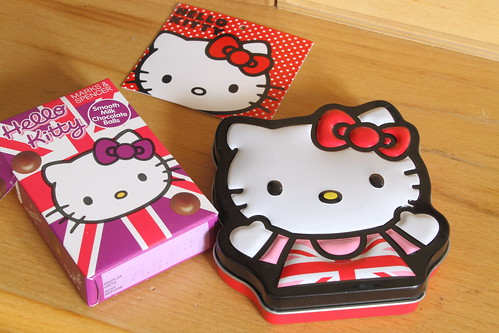 A few more Hello Kitty things.......