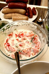 tomato salad w/dill & cream