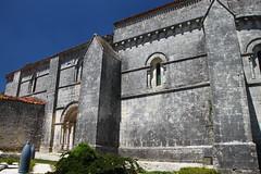 Eglise de Contré