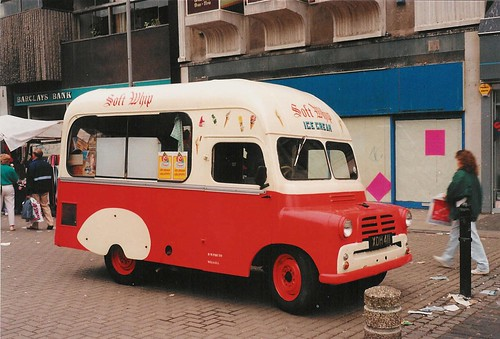Old ice cream van Walsall (4)