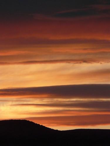 sunset sky orange sun color clouds dark washington wenatchee eastern range cascade