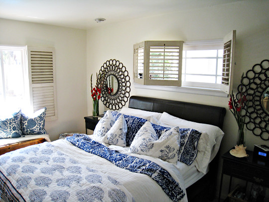 Master Bedroom Circles Mirrors Blue And White Mixed Floral Prints Flickr Photo Sharing
