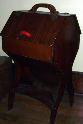 Sewingcabinet1