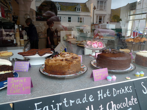 Bridport 2011: Dorset-shur Apple cake was consumed