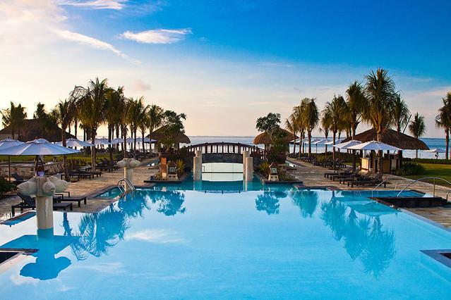 Crimson Resort And Spa Mactan Day Use