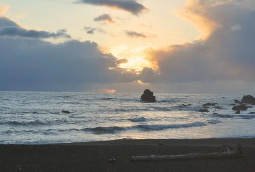 california sunset beach highway101 redwoodnationalforest