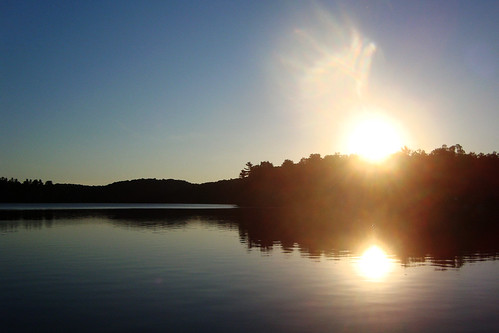 ontario canada sunrise dawn cottage flare frontenac sunflare desertlake