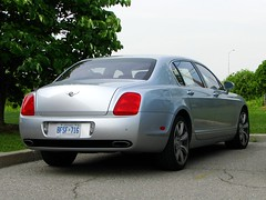 automobile(1.0), automotive exterior(1.0), executive car(1.0), wheel(1.0), vehicle(1.0), automotive design(1.0), bentley continental flying spur(1.0), bentley continental gt(1.0), bumper(1.0), sedan(1.0), land vehicle(1.0), luxury vehicle(1.0), bentley(1.0),