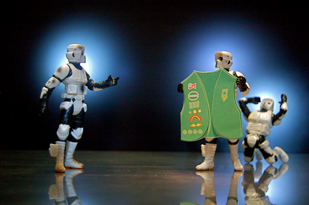 (Girl) Scout Troopers