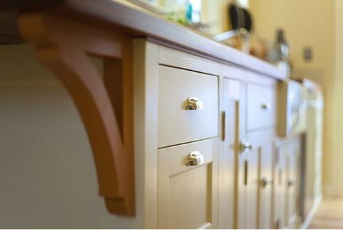 Cocina hecha con materiales reciclados diario ecologia for Muebles de cocina reciclados