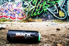 spray can