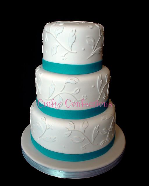 Leaves Amp Vines Wedding Cake