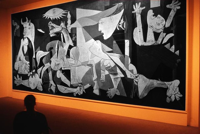 Guernica flickr photo sharing for Mural guernica