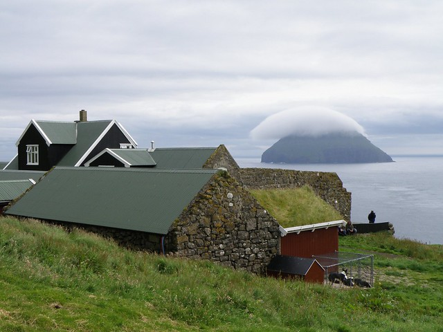 Stóra Dímun - View to Lítla Dímun - Faroe Islands