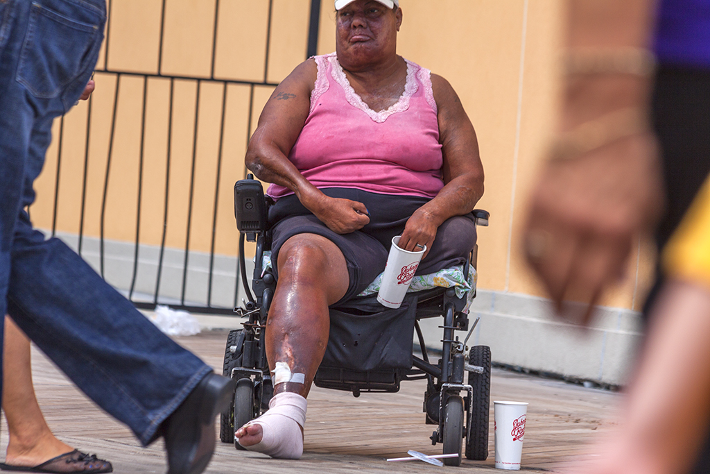 One-legged-woman,-begging--Atlantic-City