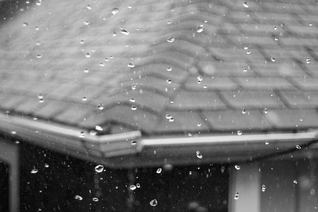 Rain vs. 1/4000 shutter speed