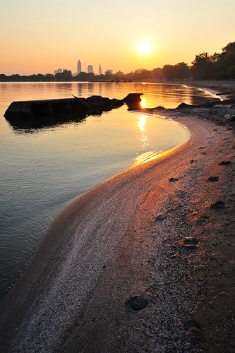 ohio shells lake beach skyline sunrise log sand cleveland oh erie mywinners nikon28mmais
