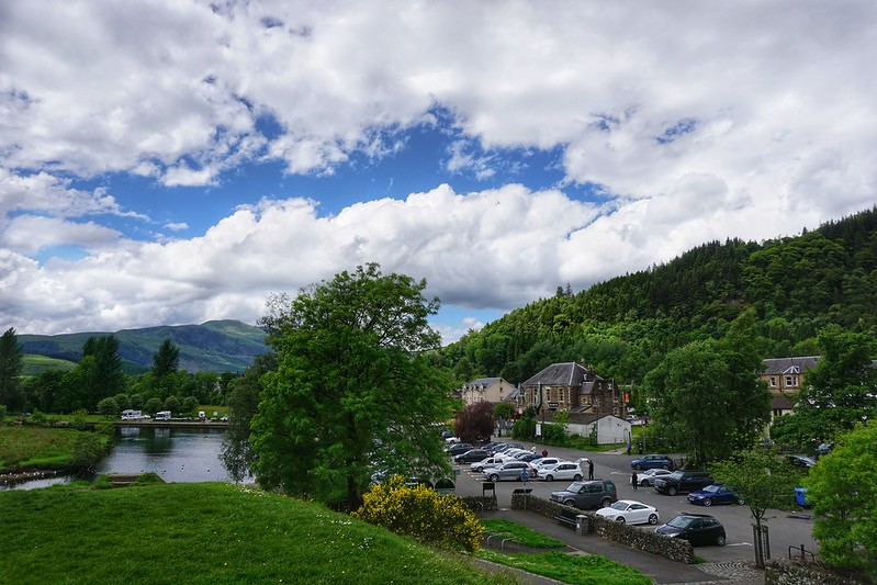 Seven Ways to See Stirlingshire in Scotland (With a Dog)