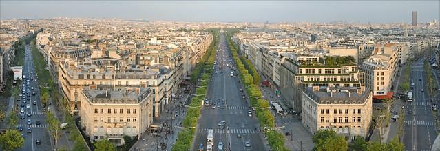 Paris vu depuis la terrasse de l'Arc de Triomphe
