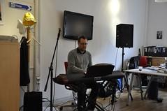 Goda vännen David Granström gav minglet rätt inramning med sköna toner från pianot.