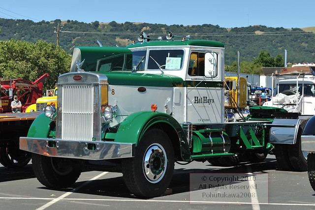 Vintage peterbilts a gallery on flickr - Pictures of old peterbilt trucks ...