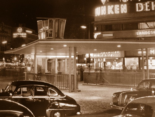 berlin charlottenburg kurf rstendamm 1958 ansichtskarte flickr photo sharing. Black Bedroom Furniture Sets. Home Design Ideas